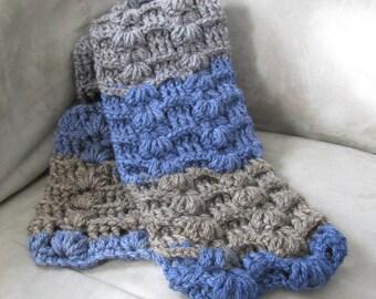 Seashell hand knit scarf