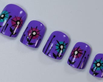 10 Abstract Flower Nails, Press On Nails, Glue on Nails, Full Coverage Nails