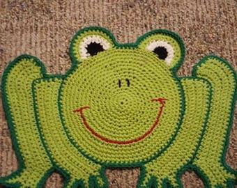 Crochet frog mat
