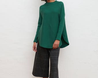 GREEN PONCHO PULLOVER