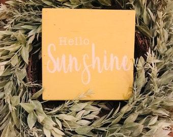 Hello Sunshine Wood sign