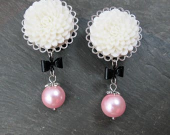 "Wedding Dangle Plugs - 7/8"" 22mm - 1"" 25mm Gauges - Flower Plugs - Wedding Gauges - Bow and Pearl - Flower Gauges - Plug Earrings"