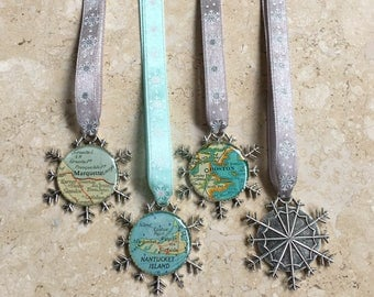 One Christmas Ornament  Snowflake Map Ornament Your City Snow Flake Ribbon