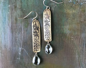 VIDES // Etched Brass Earrings with Green Amethyst