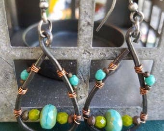 Hammered steel, chartreuse, green, aqua, blue, fire polished, glass bead, earrings.