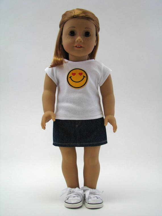 """18 Inch Doll Clothes - Girl Doll Clothes - American Doll Clothes - 18 Inch Doll T-Shirt - Emoji Top - 18"""" Doll Top - Heart Eyes Smile"""
