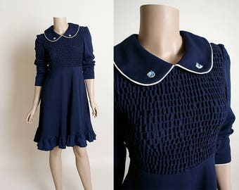 Vintage 1970s Dolly Dress - Dark Navy Blue PolyKnit Waffle Texture Peter Pan Collar Long Sleeve Lolita Dress - Medium