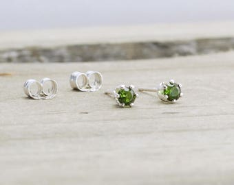 Peridot Stud Earrings August Birthstone Earrings Tiny Green Earrings Dainty Peridot Earrings August Birthday Birthstone Jewelry Gift