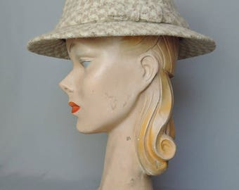 Vintage Hat Irish Donegal Tweed Wool, 1960s Tan and Ivory fits 21 inch head