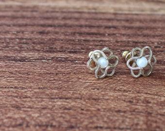 Vintage Stud Earrings, Faux Pearl Earrings, Gold and Pearl Earrings, Gold Flower Earrings, Vintage Faux Pearl Earrings, Gold Filled Earrings