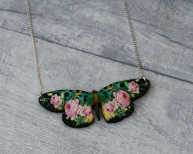 Green Floral Butterfly Necklace, Flower Butterfly, Wooden Butterfly, Illustration Pendant, Animal Necklace, Wood Jewelry