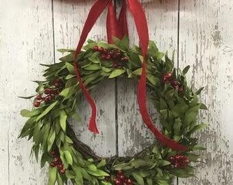 Mini Window Wreaths, Christmas Boxwood Wreath, Mini Boxwood Wreaths, Christmas Wedding Decor, Red Berry Boxwood Wreath, Decorative Wreaths