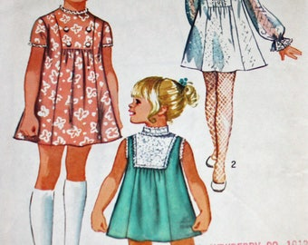 "Vintage 1970s Sewing Pattern, Simplicity 8715, Child's Dress, Child's Size 3, Girls' Dress, Breast 22"", Estate Sale Find"