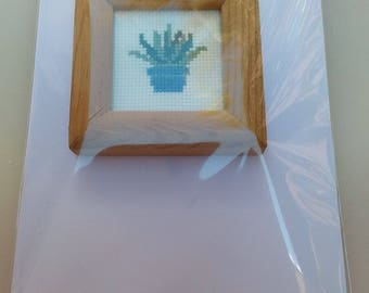 Small potted plant cross stitch card