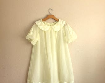 Vintage Light Yellow BABYDOLL Nightgown / 1950s SHADOWLINE Negligee / Womens Size Small Medium