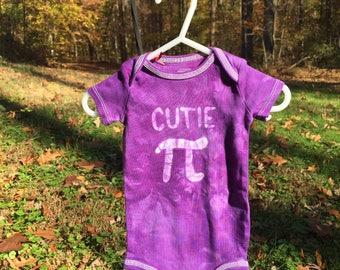 Pi Day Baby Bodysuit, Purple Pi Day Baby Shirt, Purple Cutie Pi Bodysuit, Nerdy Baby Bodysuit, Math Baby Gift, Baby Girl Pi Day (3-6 months)