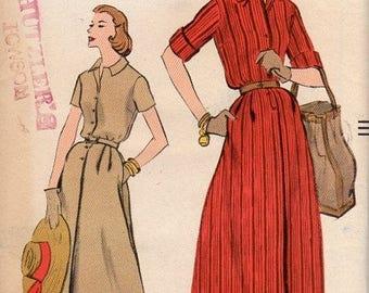1950s Shirtwaist Pattern - Vintage Vogue 9326 - Bust 44 FF
