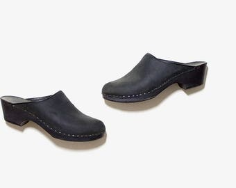 Vintage Wooden Clogs 9 / Black Leather Clogs / Black Leather Mules / Wood Clogs / Swedish Clogs