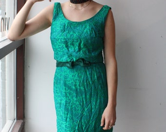 Vintage 1960's Dress // 50s 60s Emerald Green Brocade Wiggle Dress with Bow Sash // Scoop Neck Low Back with Buttons