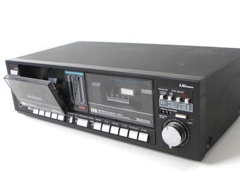 vintage CASSETTE tape PLAYER excellent condition playback record plug into receiver stereo component mid 80s vintage