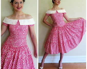 Vintage 1980s Party Dress in Pink and White Print Off the Shoulder / AJ Bari 80s Does 50s Summer Cotton Print Dress Crinoline Skirt / Small