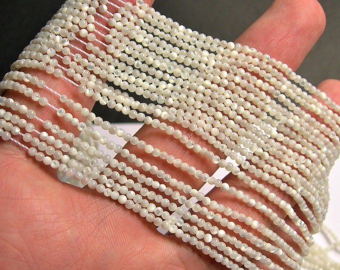 Mother of pearl - 2mm round beads - full strand 193 beads - MOP - PG33
