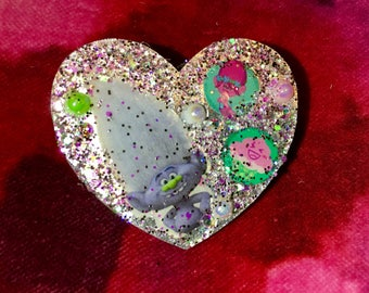 Guy Diamond Trolls Heart Brooch.