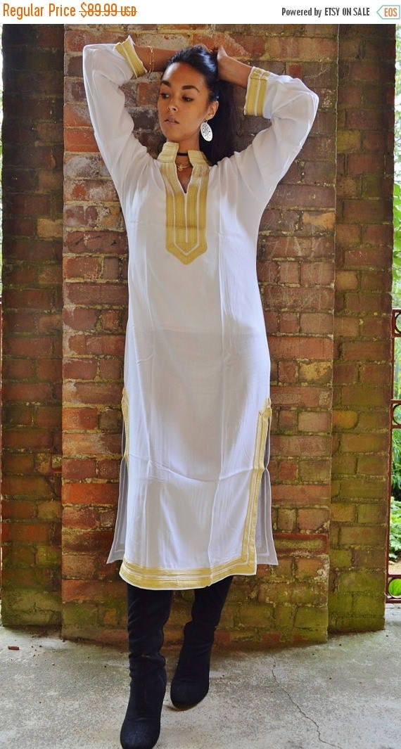 25% OFF Autumn Sale// White kaftan, Moroccan Mariam Style White Moroccan Caftan Kaftan- as loungewear, as beachwear, birthday,honeymoon gift