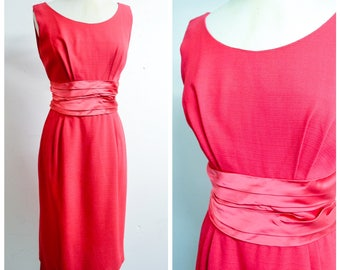 1950s Rapsberry pink cummerbund sleeveless cocktail dress / 50s fuschia satin evening dress - S