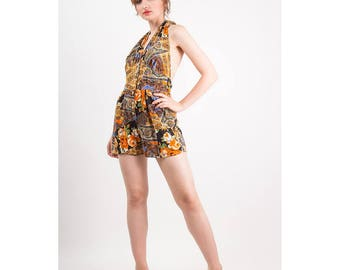 Vintage romper / 1970s shorts playsuit / Patchwork paisley rose print halter onesie with pockets M