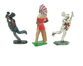 Miniature American Indian Figures. Painted Lead Toys. Cast Metal. Set of 3 Chief & Braves. Britains England. Vintage 1950s Collectibles