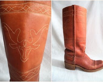 Steer stitching leather boots/ vintage campus style boots/ bohemian hippie festival embroidered carmel color boots size womens 7