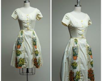 Vintage 1960s Dress • Kansas City • Yellow Striped Cotton with Flower Pot Print 60s Day Dress Size XSmall