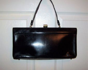 Vintage 1950s Ladies Black Leather Handbag Purse w/ Brass Kiss Lock Only 20 USD