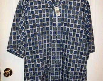Vintage Men's Blue & Green Geometric Print Short Sleeve Shirt by Jack Nicklaus Large NOS Only 15 USD