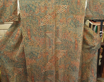 Vintage Japanese soft silk kimono brown sarassa pattern.