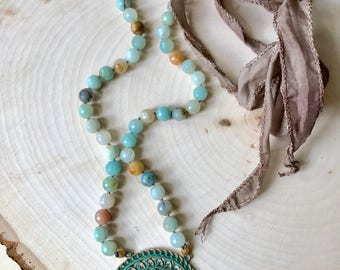 Medallion Beaded Necklace in Amazonite