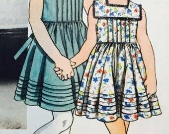 Little Vogue 1867 Girl's Dresses