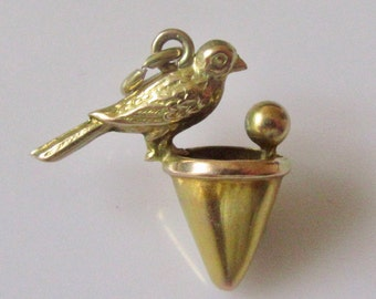 9ct Gold Bird on an Ice Cream Cone Charm or Pendant