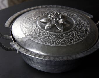Vintage Everlast Forged Aluminum Serving Casserole Dish with Lid