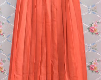 Vintage Coral Pleated Knee Length Skirt Size Small