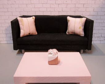 1:12 scale Modern Dollhouse Coffee Table in Soft Pink