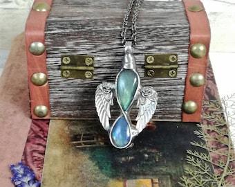 Gold LABRADORITE necklace, Angel Labradorite Necklace, Dainty Boho, Gold Blue Shine Labradorite , Gift for her, Unique Bridesmaid Gift