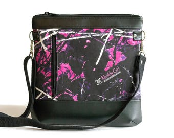 Muddy Girl Crossbody Bag - Crossbody Purse - Sling bag - Cross Body bag - Camo purse - Muddy Girl Camo - Cute purse