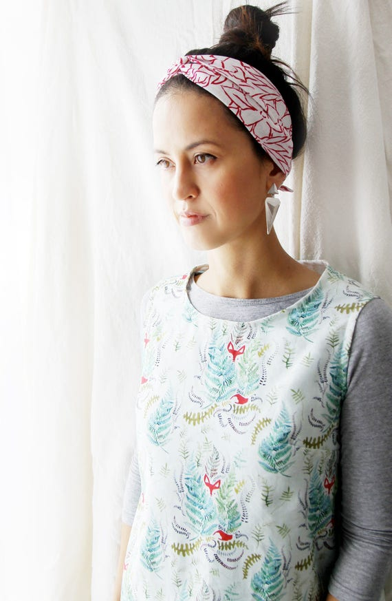 Red and white line floral necktie, neckerchief, skinny scarf, choker, head band, head wrap