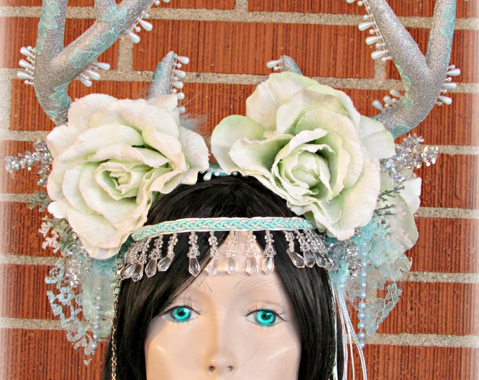 Ice Queen Headdress, Deer Horn Headdress, Winter Fairy Headdress, Snow Queen Headpiece, Holiday Headband, Deer Horns, Cosplay, Halloween