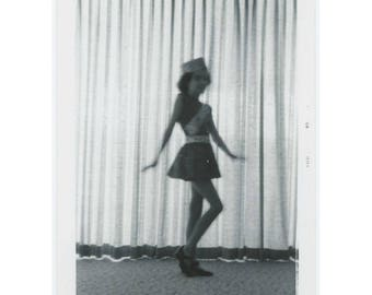 Vintage Photo Snapshot: Dancer, 1965 (77591)