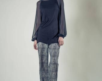 Elegant silky chiffon sleeved rayon knit tunic