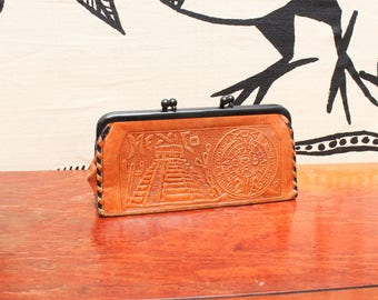 Mexico Aztec Leather Wallet // Mayan Aztec Souvenir Hand Tooled Coin Purse