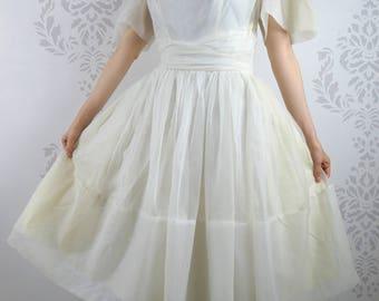 VINTAGE WHITE DRESS 1950s Chiffon Gathered Size Medium